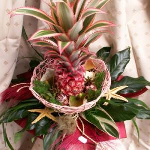 Ananászos csokor kiegészítőkkel fonott alapban