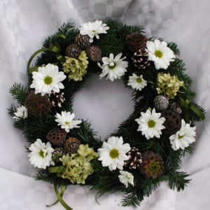 élő fenyős,élő virágos halottak napi koszorú