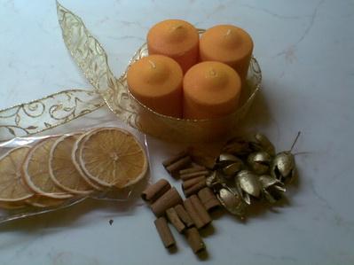 arany-narancs adventi koszorú kellékei