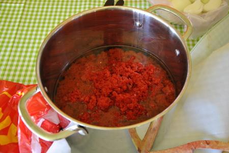 paprika olajban, főzés előtt
