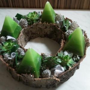 fakérges zöld adventi koszorú